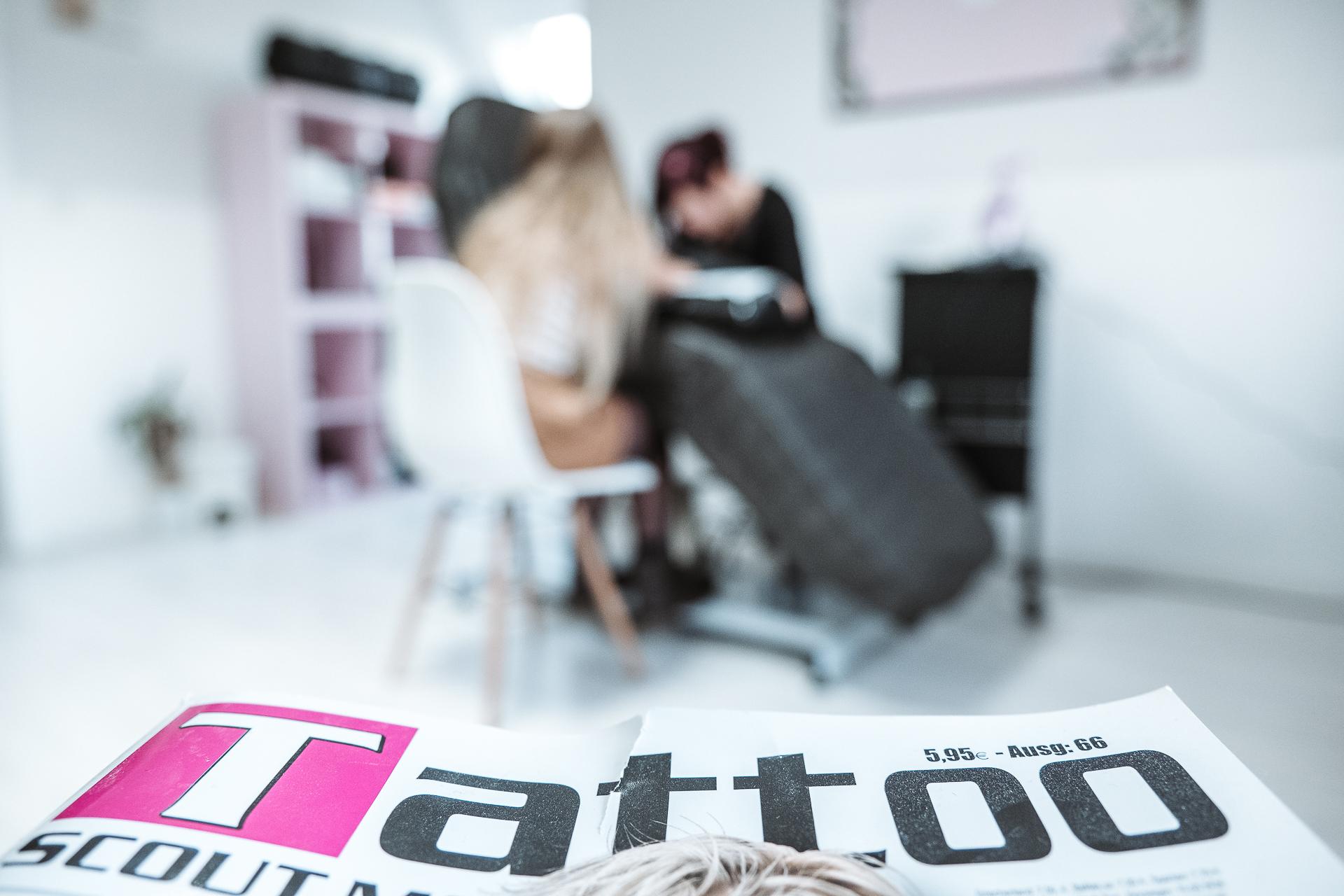 holdtheline-Tattoo-Studio Close-Up-Shot